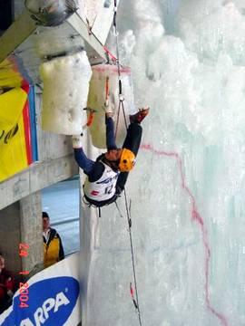 Akrobatika, Foto: Andrej & Jasna Pečjak