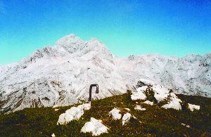 Na vrhu z očakom Triglavom, Planiko in Kredarico Foto: Jože Praprotnik