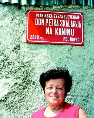 Oskrbnica Francka Novak: Cvetje ljubi Kanin! Foto Urška Šprogar