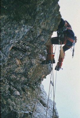 Z metlico nad previse: Zvonc drugi dan v Čihulovi